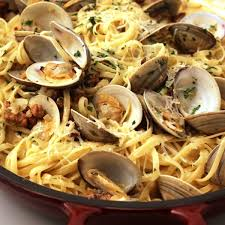 Linguini & Clam (Sauce Red or White)